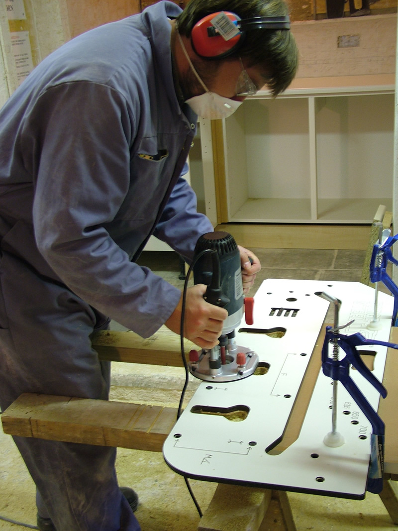 Foundation 2 Day Kitchen Fitting Courses At The Builder Training Centre Are  Very Practical And U0027hands Onu0027 Courses, And Are Ideal For Beginners Looking  To ...