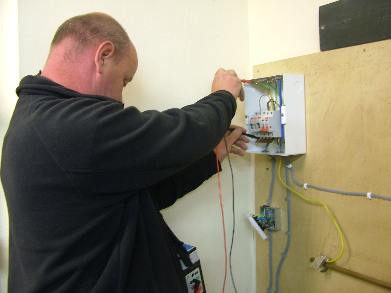 Foundation Electrical Course For Beginnersdiy Training Diy Wiring Uk The